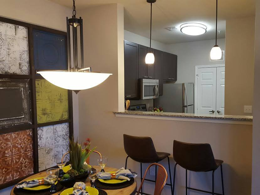 Living/Kitchen at Listing #289440