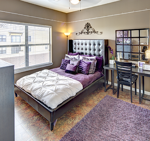 Bedroom at Listing #268384