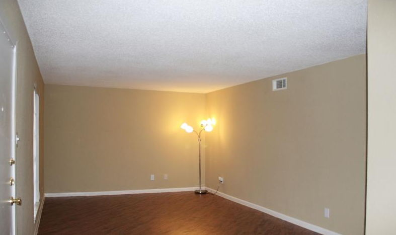 Living at Listing #138388