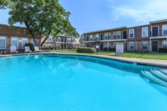 Pool at Listing #138382