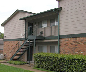 Exterior at Listing #140377