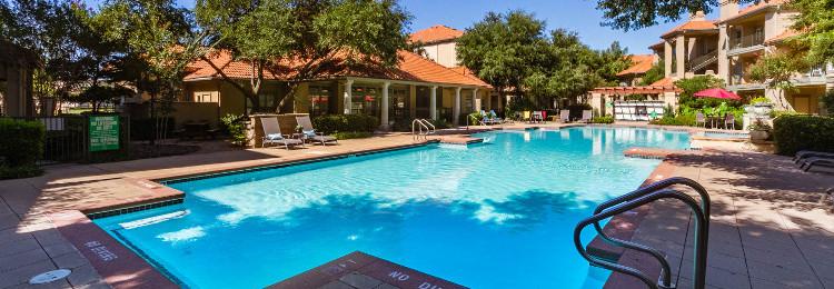 Pool at Listing #137623