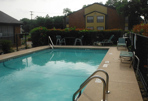 Pool at Listing #136708