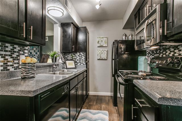 Kitchen at Listing #136430