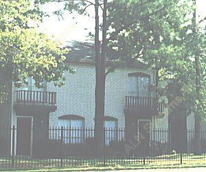 Exterior at Listing #138901