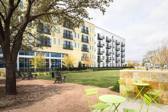 Windsor Metro West Apartments