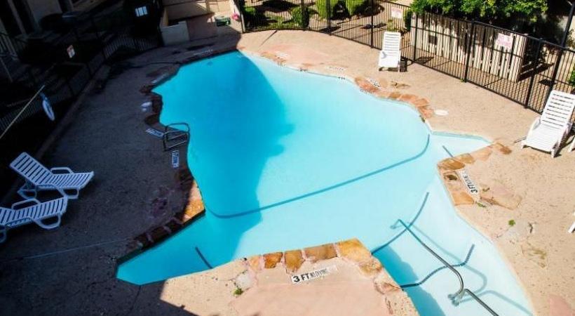 Pool at Listing #137126