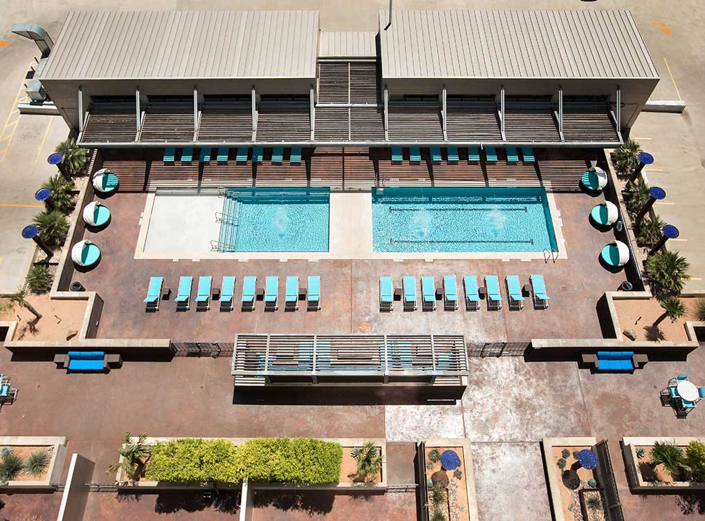 Pool at Listing #144976