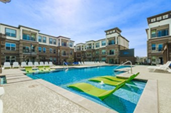 Pool at Listing #280698