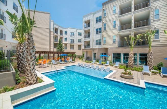 Pool at Listing #149156