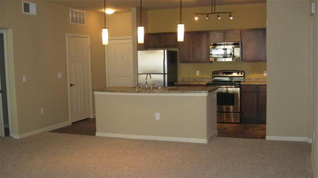 Kitchen at Listing #226138