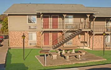 Exterior at Listing #140470