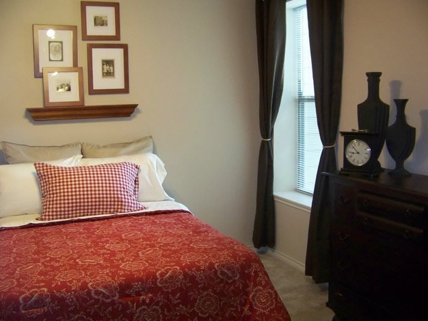 Bedroom at Listing #150739