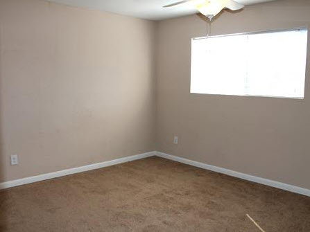 Bedroom at Listing #138399