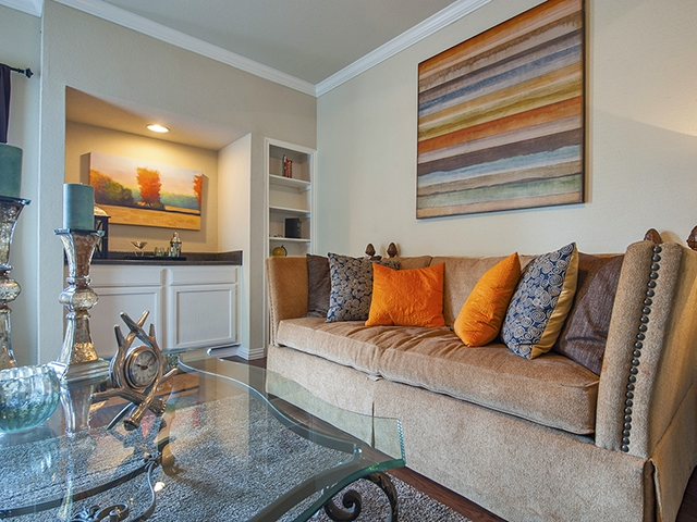 Living at Listing #138945