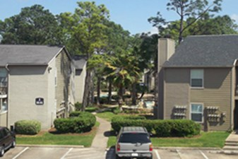 Exterior at Listing #139856