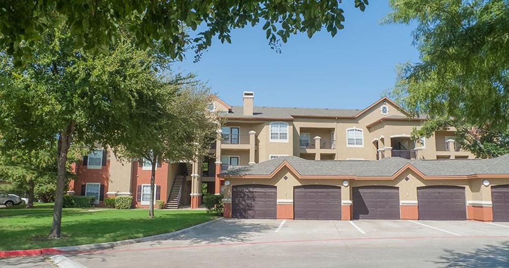 Lansbrook at Twin Creeks Apartments