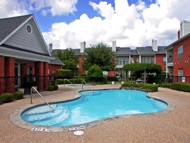 Pool at Listing #139026