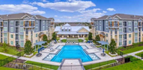 Pool at Listing #301546
