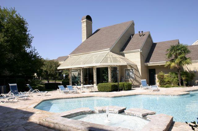 Pool at Listing #140979