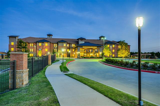 Attiva at Central Park Apartments Grand Prairie TX