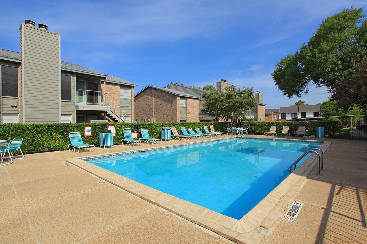 Pool at Listing #141190