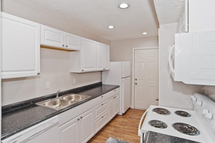 Kitchen at Listing #137197