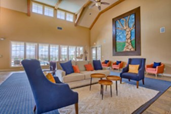 Lounge at Listing #297451