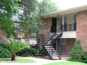 Exterior at Listing #138843
