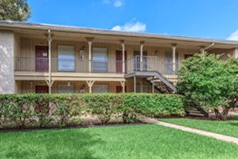 Exterior at Listing #141162