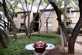 Exterior at Listing #140437