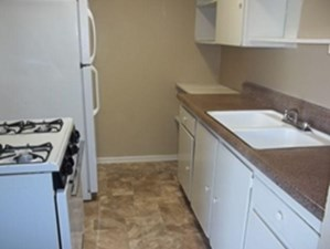 Kitchen at Listing #141349
