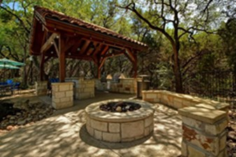 Fire Pit at Listing #144228