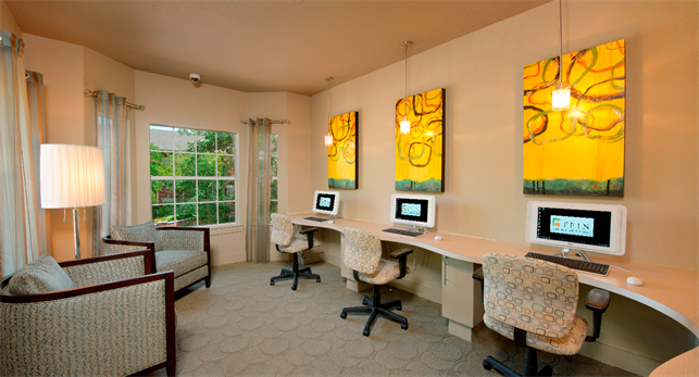 Business Center at Listing #138766