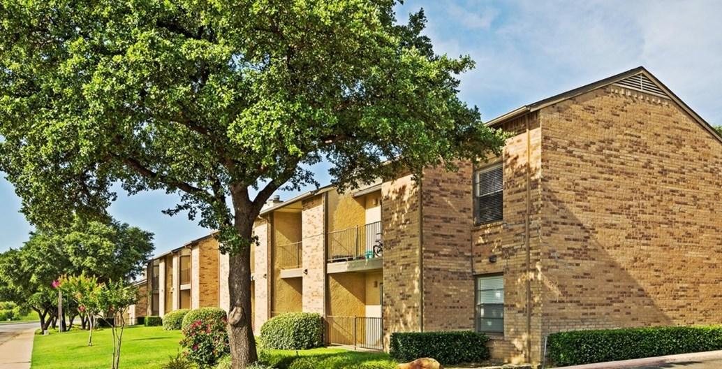 Bella Vista Apartments