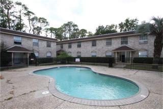 Pool at Listing #139428