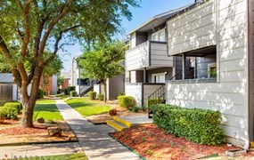 Avenida Crossing Apartments Dallas TX