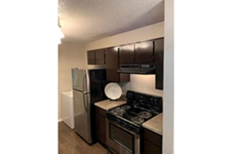 Kitchen at Listing #140004