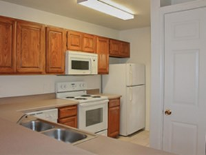 Kitchen at Listing #141448