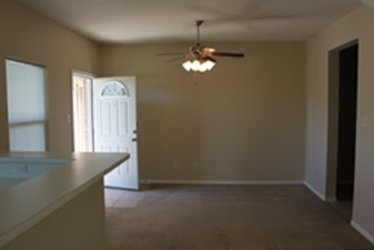 Living at Listing #305629