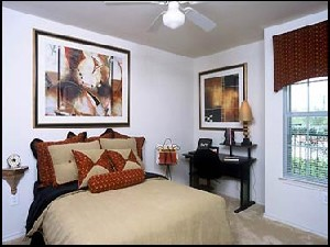 Bedroom at Listing #144229