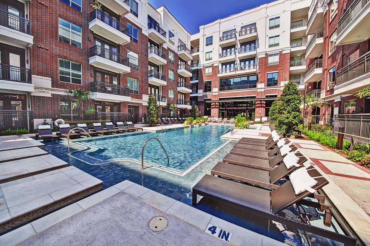 Pool at Listing #229082