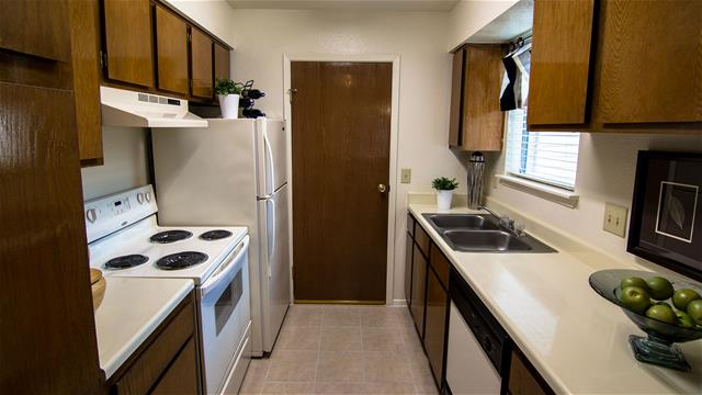 Kitchen at Listing #138352