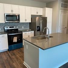Kitchen at Listing #334292