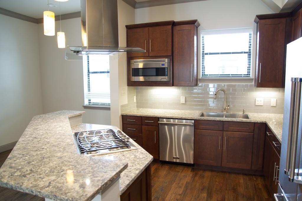 Kitchen at Listing #281932