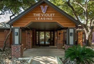 Violet at Listing #140194