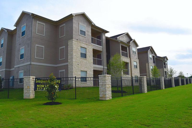 Longhorn Crossing Apartments Fort Worth TX