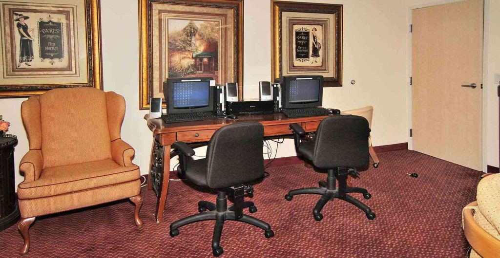Business Center at Listing #144607
