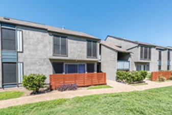 Exterior at Listing #141320