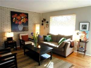 Living at Listing #144270
